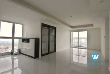 4 bedroom apartment with large area for rent at Aqual Central 44 Yen Phu